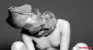 Rebellische Sklavin sucht Mann für Fetisch Dates